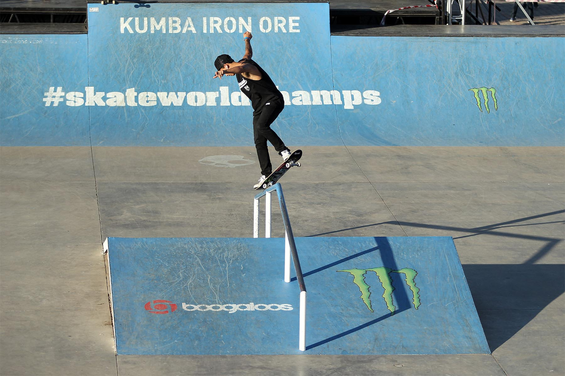 NyjahHuston_BacksideOverCrook_RudiJeggle-min-optimized
